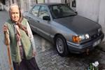 Eski sevgili arabayı kundaklamak istedi!