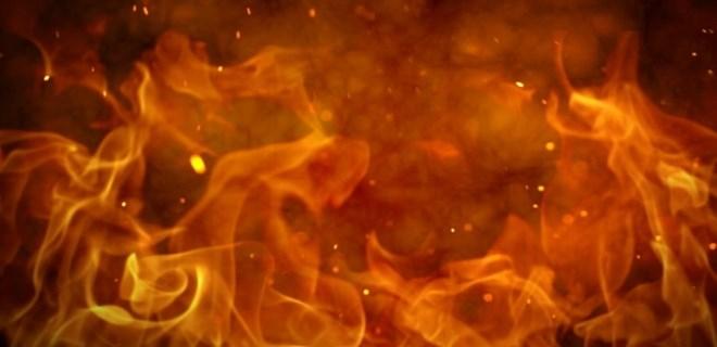 Kozyatağı'nda korkutan yangın!