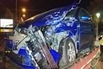 Samsun'da minibüs ile otomobil çarpıştı