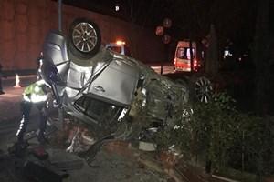 Kontrolden çıkan araç kaza yaptı: 1 ölü 2 yaralı