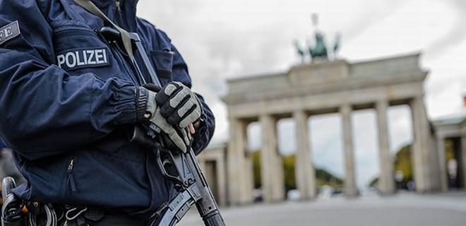 Almanya'da 6 şehirde bomba ihbarı