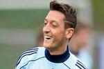 Mesut Özil kahveci oluyor!