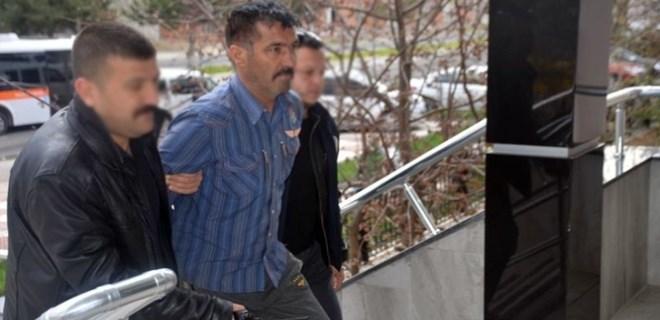 Karısını öldürdü, suçu 19 yaşındaki oğluna attı!