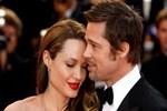 Efsane çift Angelina ve Brad barışma turlarında!