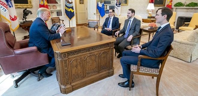 Bakan Albayrak, ABD Başkanı Trump ile bir araya geldi
