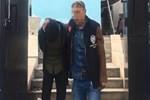 Silahlı soygun girişimini market çalışanları engelledi