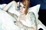 Şarkıcı Sibel Tüzün'e konuşma yasağı!