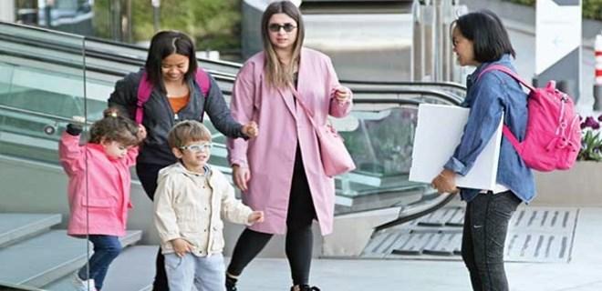 Buse Terim kızı ve yeğenini gezdirdi
