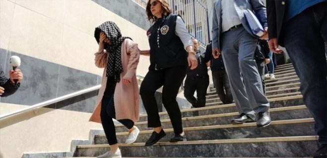 2 çocuk babası Barış Kaynak (37) 28 Ocak gecesi garsonluk yaptığı kafeden çıktı. ile ilgili görsel sonucu