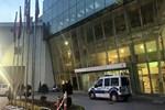 Doktor hastanedeki odasında ölü bulundu