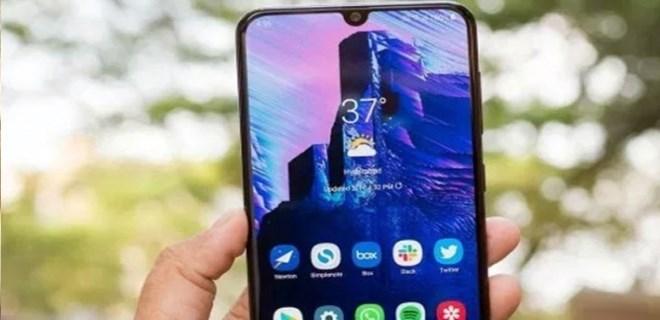Yapay zekalı dev: Galaxy A70
