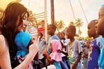 Hande Yener'den Tanzanya'da klip