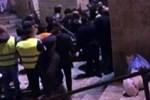 İsrail'de teravih namazı kılanlara saldırı!