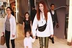 Nur Fettahoğlu kızıyla alışverişe çıktı