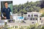 Mesut Özil, Çeşme'deki villasına futbol sahası yaptırdı