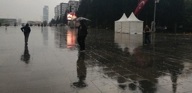Meteorolojiden pek çok ile yağış uyarısı
